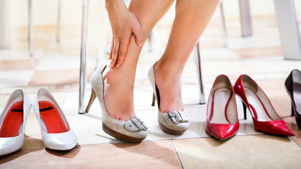 Como calçados afetam a saúde dos nossos corpos